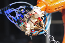 6-Axis Robot-Arm 3D Printer Runs on Arduino, Slings Spiderwebs