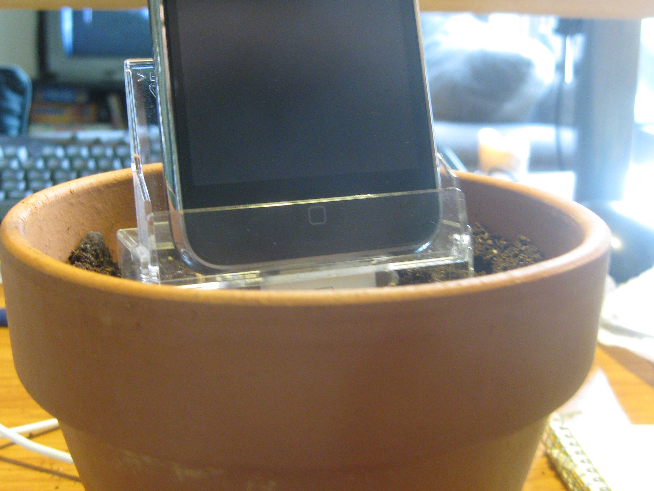 Flower Pot iPhone Charger